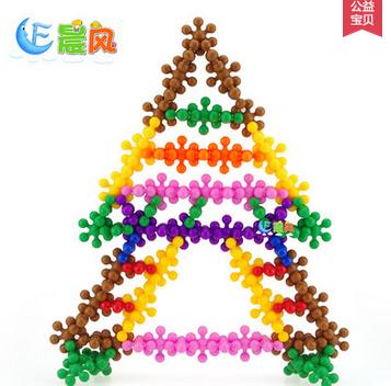 益智玩具幼儿园塑料拼插积木